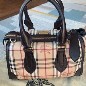 NWOT Burberry haymarket bag